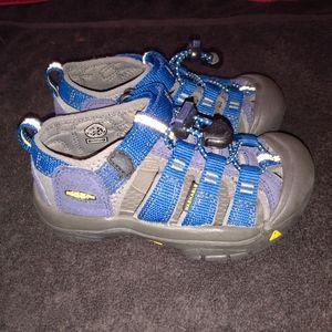 Keen Sandals Toddler Boy sz 10 BLUE